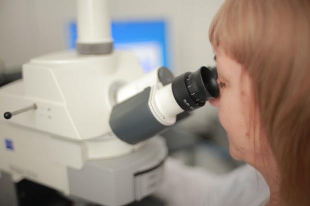 Prezent dla uczniów od Polpharmy: laboratorium chemiczne