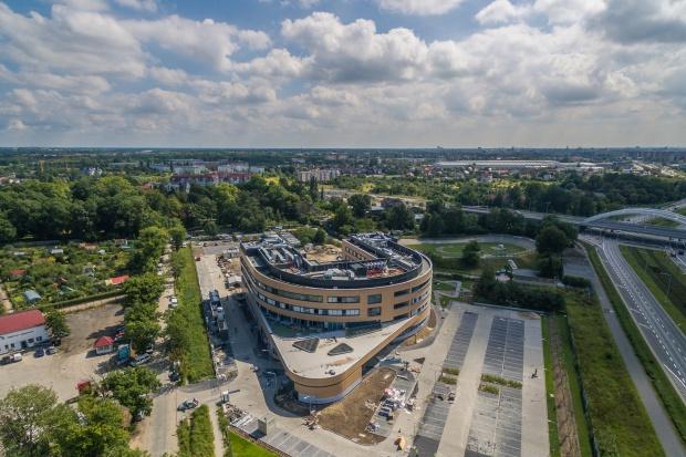 Wrocław: przy szpitalu powstanie apteka z funkcją drive