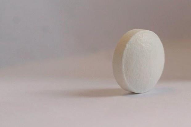 MZ tłumaczy, dlaczego wzrosły ceny niektórych leków onkologicznych
