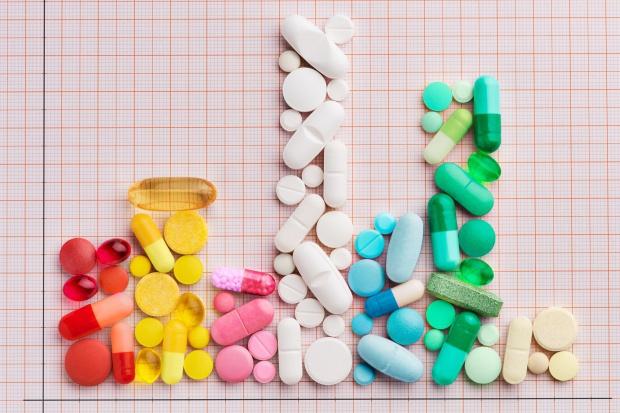 MZ określa działania m.in w sprawie wywozu leków