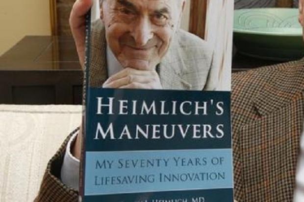 """Zmarł wynalazca """"rękoczynu Heimlicha"""""""