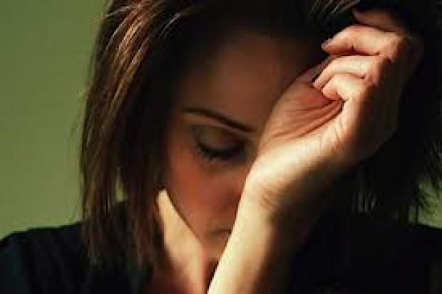 Bezprzewodowy plaster łagodzący bóle migrenowe