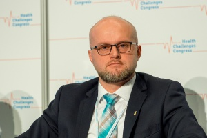 """""""Na początku pracy ministerialnej było świetnie"""". Krzysztof Łanda opowiada nam o swojej przygodzie z Miodową"""