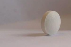 AstraZeneca przyznaje: jeden z badaczy fałszował dane o leku