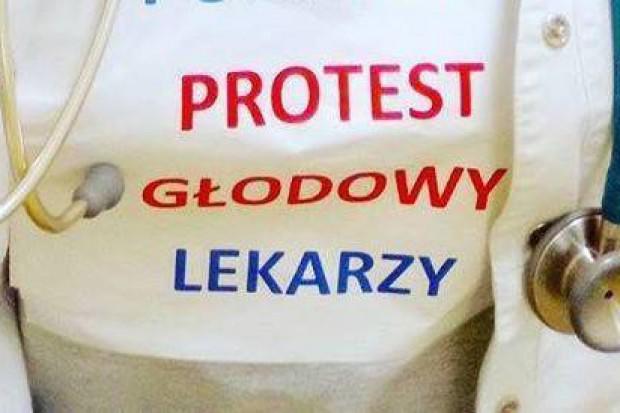 Rezydenci: nie chcieliśmy upolitycznienia protestu