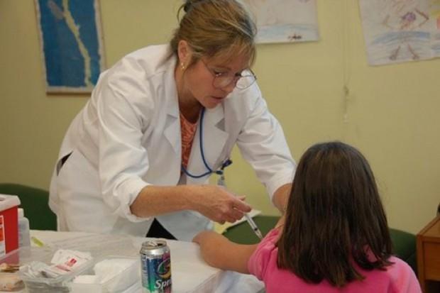 Porcedury medyczne w szkole: mimo szkoleń, nauczyciele są ostrożni