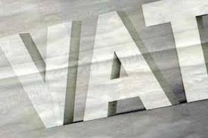 MF: strzykawki, prezerwatywy i smoczki z 8% VAT