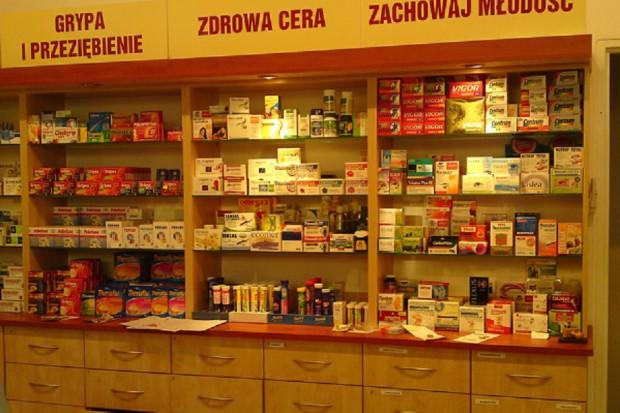 WOIA przypomina, które osoby mogą wykupić lek poza kolejnością