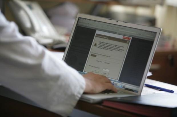 Polacy czekają na cyfryzację służby zdrowia