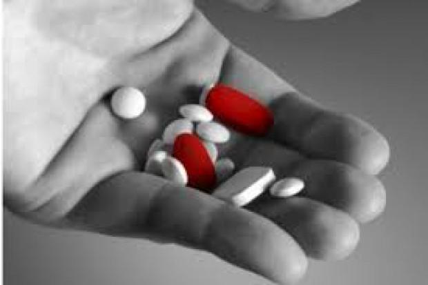 Paracetamol jednym z głównych powodów zatruć wśród nastolatków