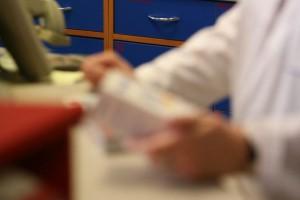Przypomnienie o ograniczeniach w sprzedaży leków na przeziębienie