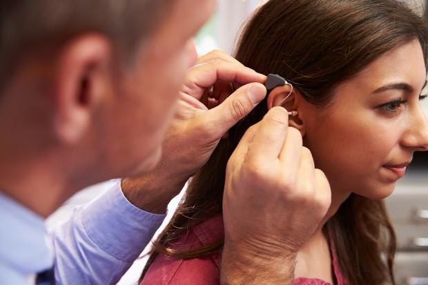 Ubytek słuchu to czynnik ryzyka szybszego zgonu