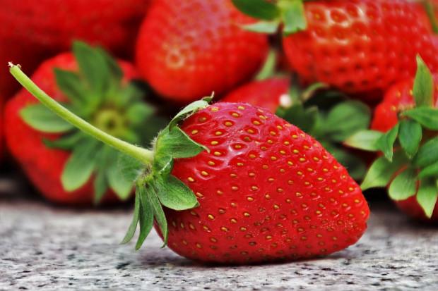 Badania: truskawki hamują objawy nieswoistego zapalenia jelit