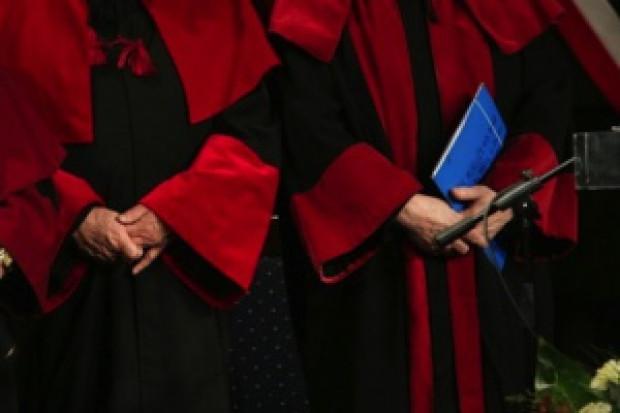 PUM: Minister Zdrowia chwali uruchomienie studiów farmaceutycznych