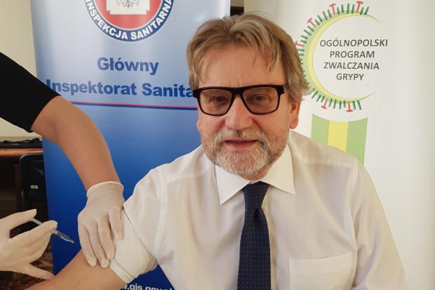 Jarosław Pinkas zaszczepił się przeciwko grypie