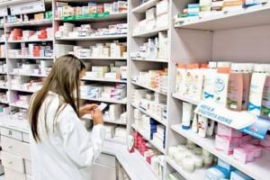 NFZ prosi o aktualizację ws. pracowników zatrudnionych w aptekach