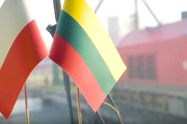 Polski hymn w wykonaniu litewskich lokomotyw