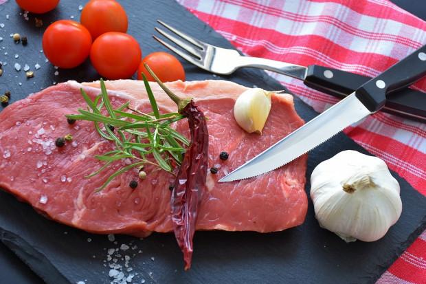 Czerwone mięso sprzyja rozwojowi chorób serca