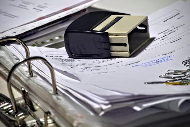 Deregulacja pieczątkowa: projekt rozporządzenia do zmiany