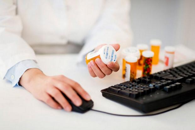 Farmaceutka proponuje rozwiązanie w celu sprawnej i bezbłędnej obsługi e-recepty