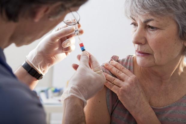 Radom: program szczepień wstrzymany. Brakuje szczepionek