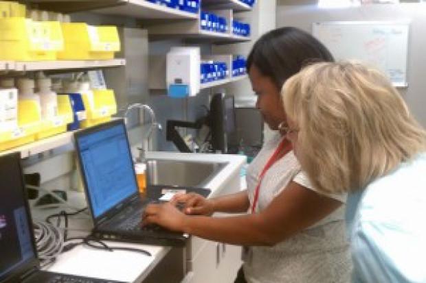 UoZ zobowiązuje do obsadzenia ok. 115 etatów przez farmaceutów szpitalnych