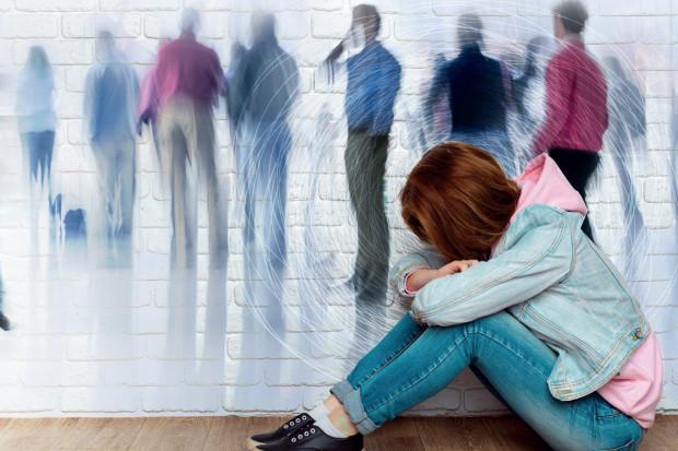 Psychiatria. Nastoletnia depresja: żyjemy w świecie samooszukiwania się, fałszowania rzeczywistości