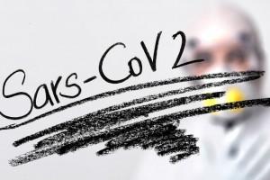 MZ: rejestry COVID-19 powinien wypełniać personel administracyjny, a nie medyczny