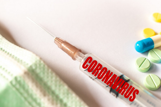 NRA: elektroniczna karta szczepień ułatwi masowe szczepienia na COVID-19