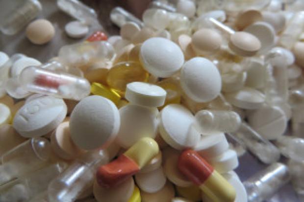 Oddawane do aptek przeterminowane leki mogą zwiększać ryzyko zakażenia?