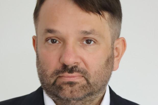 Marcin Piskorski: NIA bombarduje fake newsami media oraz decydentów