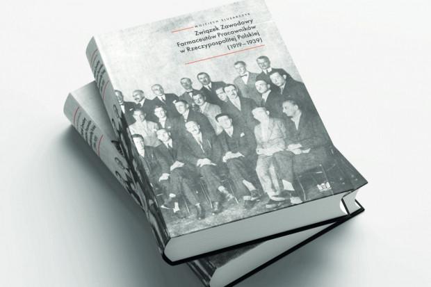 Książka: monografia o farmaceutach z okresu międzywojennego