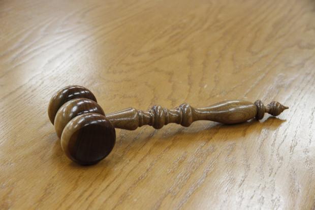 Sprawy karne za podejrzenie udziału WIF w grupie przestępczej. Spółka chciała grzywny dla inspektora