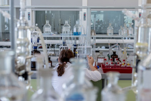Łódź: spółka tworzy tu laboratorium chemii medycznej