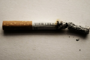 Palenie i otyłość zwiększają ryzyko ciężkiego przebiegu COVID-19