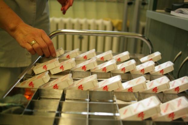 Świętokrzyskie: cyfrowa apteka rozprowadzi leki na oddziały