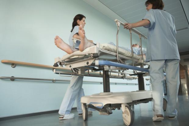 Ostrzeszów: 35-latka zmarła w szpitalu. Wcześniej dwukrotnie odsyłano ją bez badań