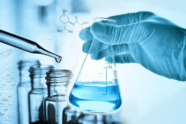 Firma o leku na COVID-19: testy kliniczne z udziałem pacjentów w 2022