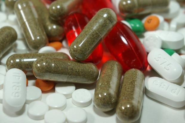Apteczna sprzedaż leków ze wzrostami