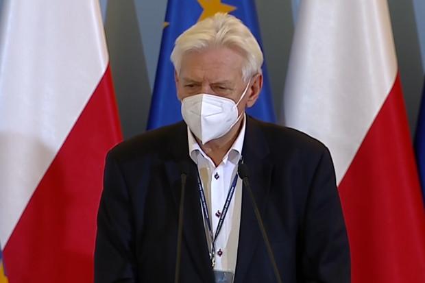 Andrzej Horban: ocena odmiana koronawirusa jest łagodniejsza