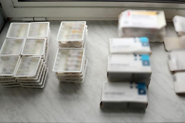 Białorusin próbował wwieźć do Polski leki przeciwzapalne