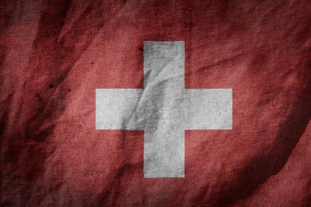 Szwajcaria ma wątpliwości: chcą dodatkowych danych
