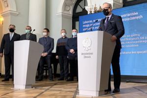 Pierwsi lekarze spoza UE ze zgodą na pracę w trybie uproszczonym