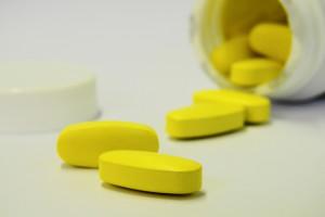 Kto zajmie się sfałszowanymi lekami? MZ właśnie zlikwidował zespół