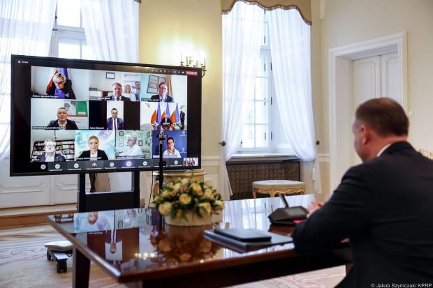 Po spotkaniu u Prezydenta: rozmawiano o zaangażowaniu w proces szczepień