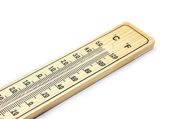 Wyższa temperatura przechowywania szczepionek Pfizera na dłużej. Trafią do aptecznych zamrażarek?