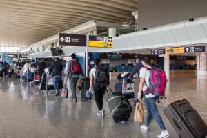 Kto fałszuje paszporty covidowe? Prezes NIA odpowiada na zarzuty wobec farmaceutów