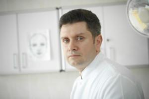 Prof. Witold Owczarek rozprawia się ze stereotypami dotyczącymi leków biologicznych